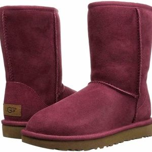 UGG Classic Short II Boots Garnet NEW IN BOX